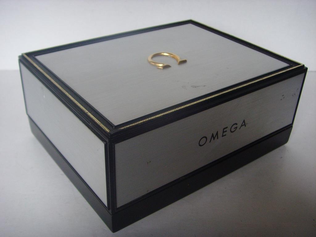 1960s OMEGA SPEEDMASTER SEAMASTER LARGE METALLIC BOX - Imagen 4