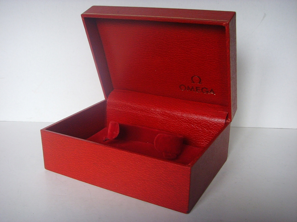 1970s OMEGA SPEEDMASTER RED LEATHER BOX - Imagen 4