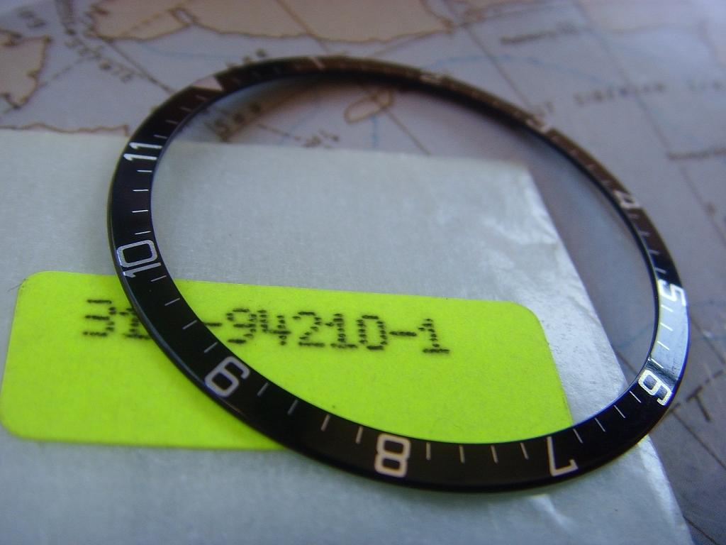 NEW OLD STOCK TUDOR 94210 BEZEL INSERT - Imagen 2