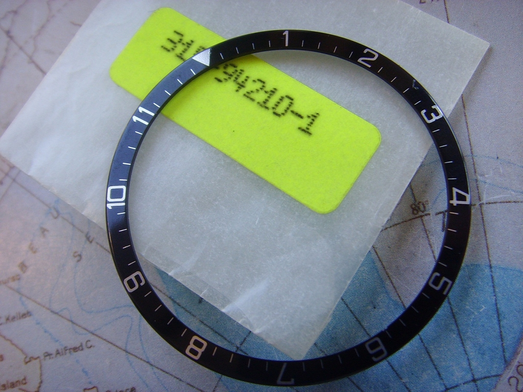 NEW OLD STOCK TUDOR 94210 BEZEL INSERT - Imagen 6
